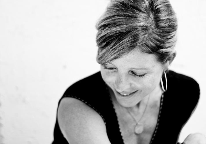 Lia Mortensen. Chicago stage and film actress. Headshot.