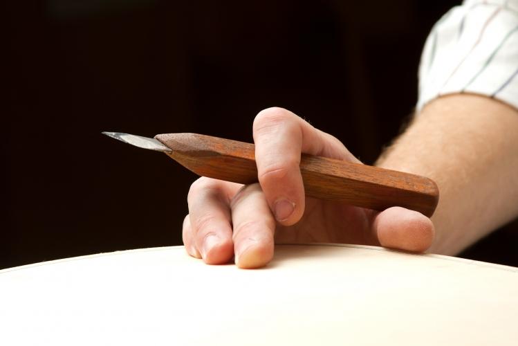 Sean Colledge, luthier